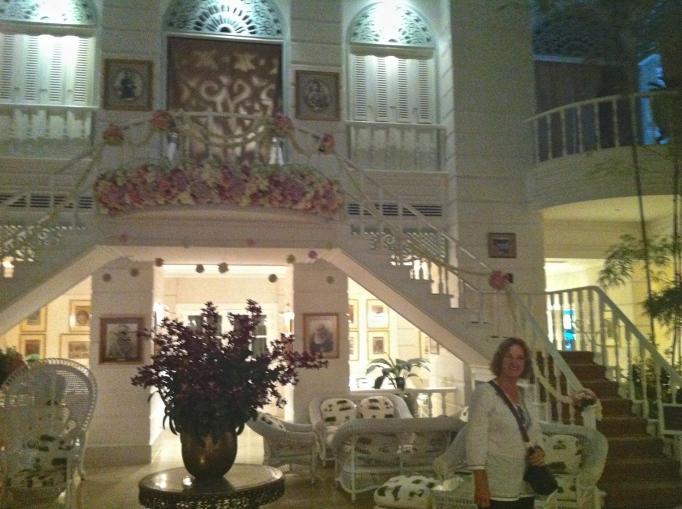 tea room Oriental Hotel