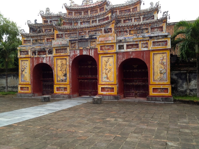 """Women's Gate"" to Imperial City  - Hue"